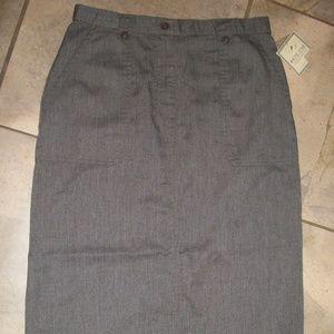 White Stag Charcoal Gray Longer Straight Skirt 10